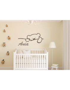 Naklejka na ścianę z imieniem dziecka miś 575